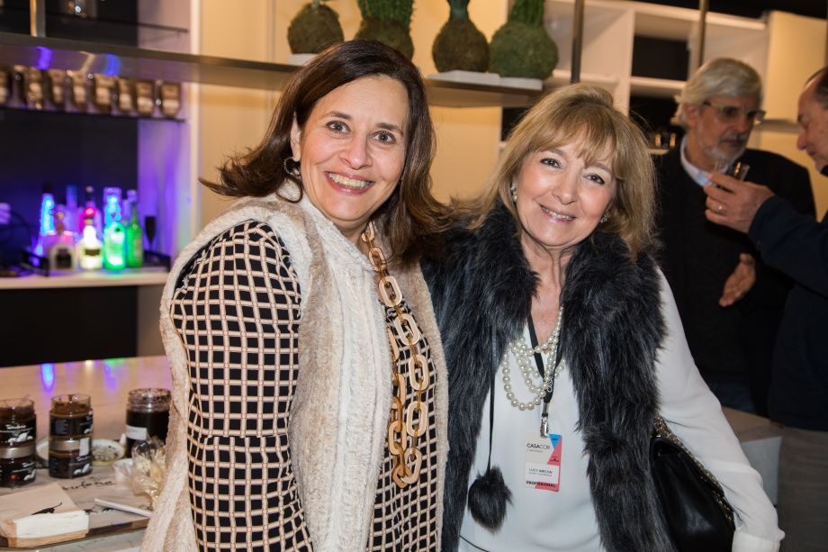 Clelia Regina Angelo e Lucy Amicon