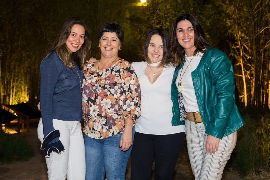 Marcella Bognar, Eliana Villar, Gabriela Coutinho e Regiane Maturana