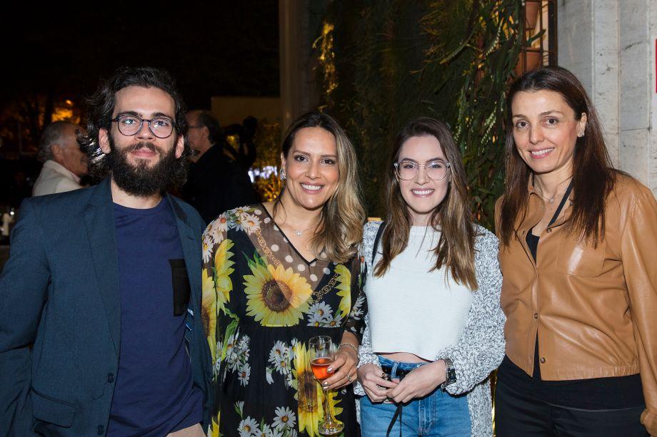 Breno Felisbino, Clariça Lima, Ana Dora e Cris Bava
