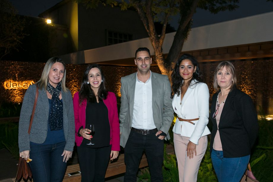 Adriana Maranhoni, Grace Soda, Raphael Sillito, Carolina Boiane e Isabel