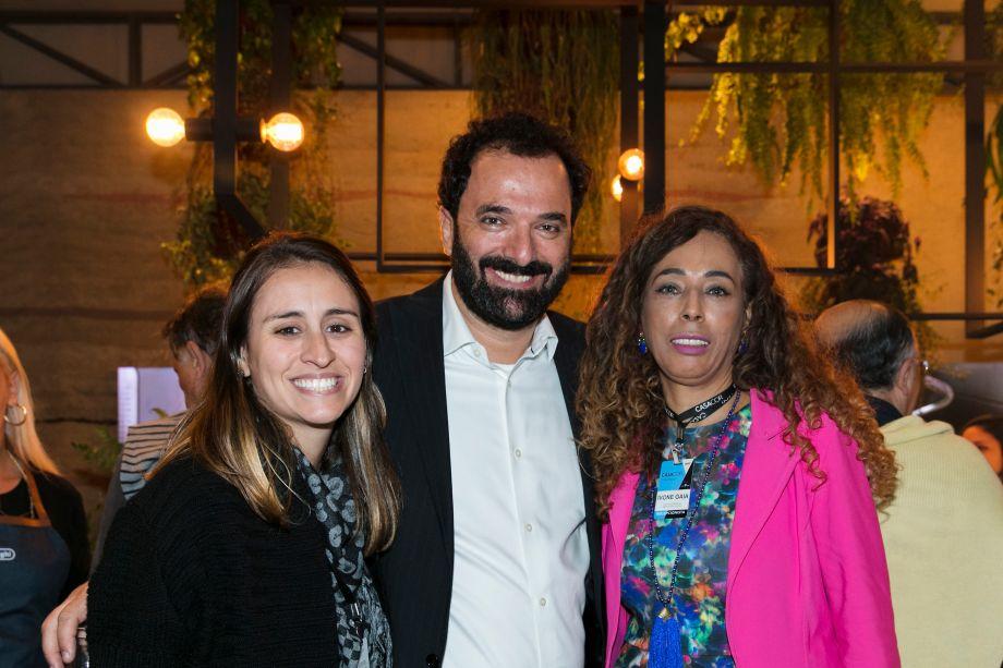 Juliana Julio, Rui Dzialoschinsky e Ivone Gaia