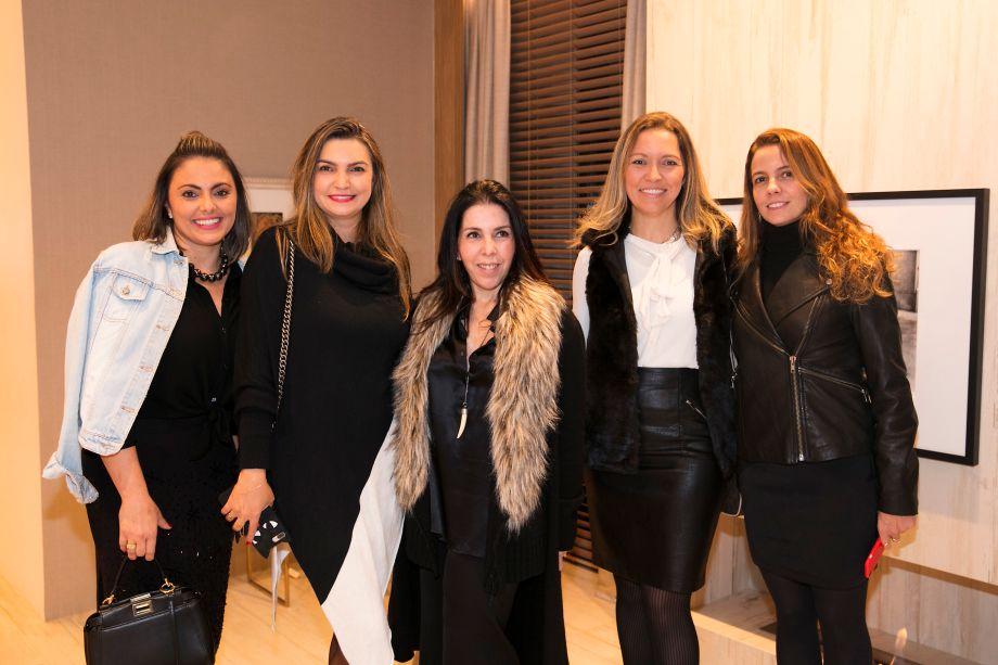 Andrea Lenz, Alessandra Olivastro, Paola Ribeiro, Elenice Cardoso e Juliana Borges