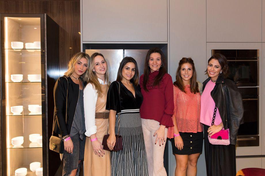 Lais Rasera, Vanessa Martinez, Shine Braga, Patricia Pasquini, Ana Lembo e Tabata Boccatto