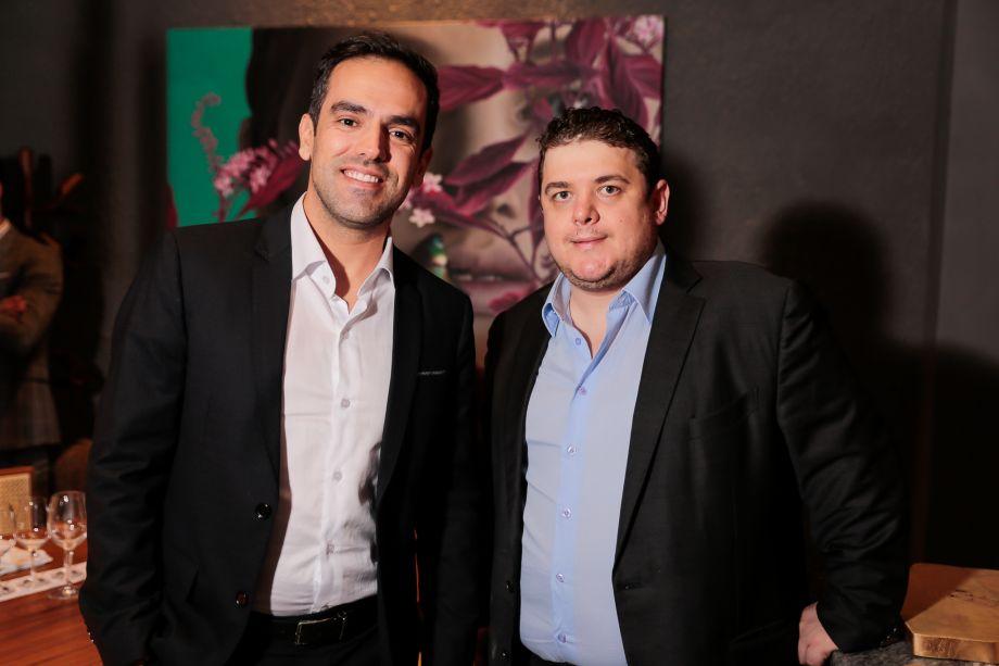Robson Makowski Martins e Romulo Mignoni
