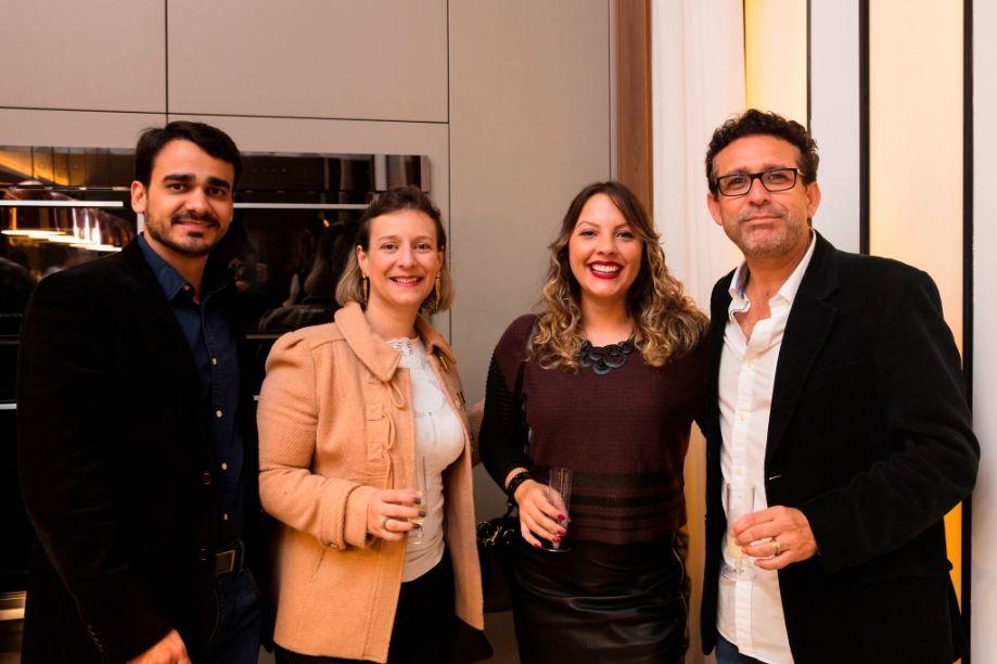 Viviane Mussato, Alessandra Spadaro, Matheus Menezes e Amauri