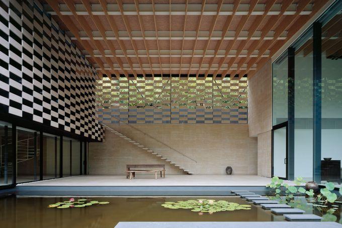 10_Lotus-House