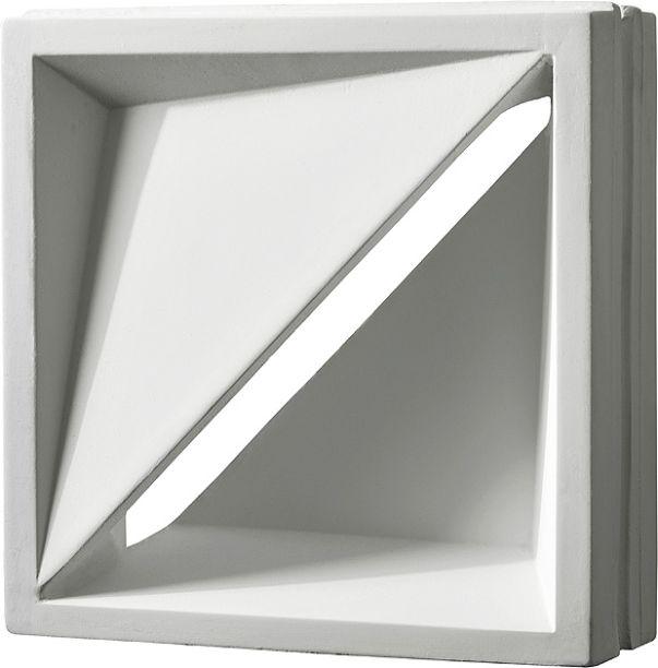 """<span>Cobogó Votú - Studio Arthur Casas. Criado pelo arquiteto Arthur Casas, o Cobogó Votú permite a circulação de ar sem abrir mão da privacidade, pois impede praticamente toda a visibilidade. A peça de revestimento cimentício pode ser usada em áreas externas e internas com sucesso. (Euroville - <a href=""""http://euroville.com.br/"""">euroville.com.br</a>)</span>"""
