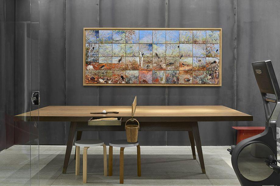 Sala de Descompressão - Pedro Lázaro. A mesa de ping-pong tem assinatura de Ethel Carmona, e o ambiente ganha todo um charme artesanal.