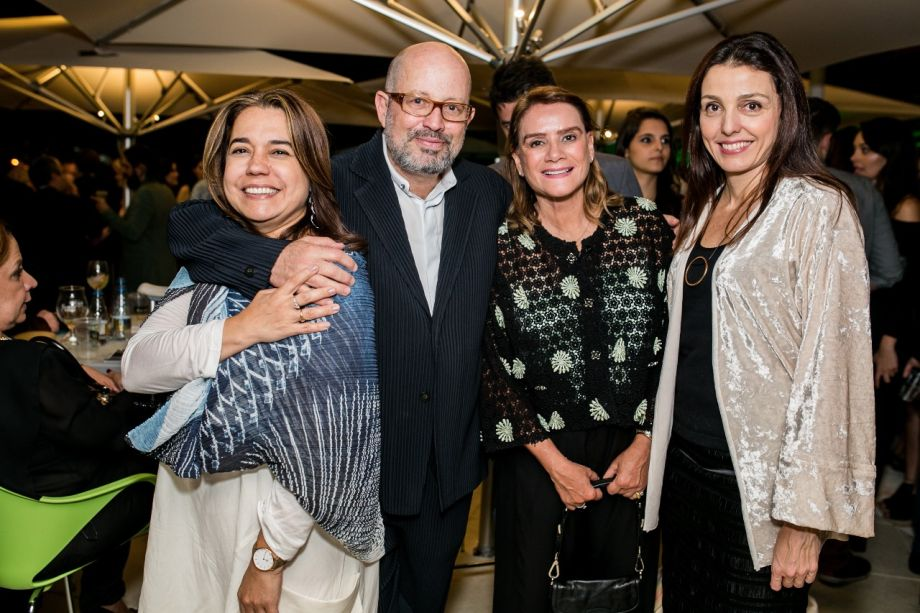 Catia Alves, João Grillo, Angela Roldão e Cris Bava