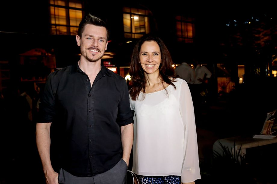 Daniel Wilges e Paula Lino