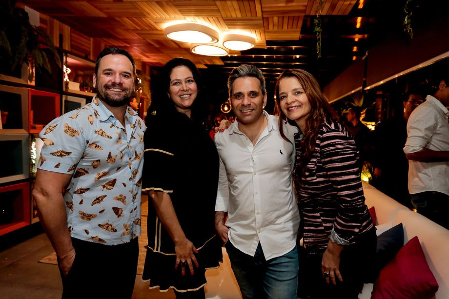 Jhonny Thompsem, Andrea Magalhaes, Daniel e Lisiara Camargo