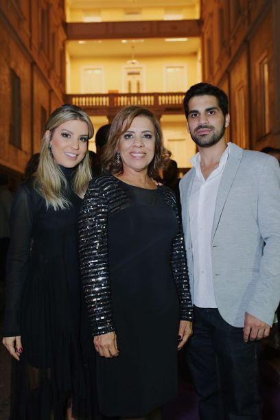 Junia, Rosangela e Eduardo Mesquita