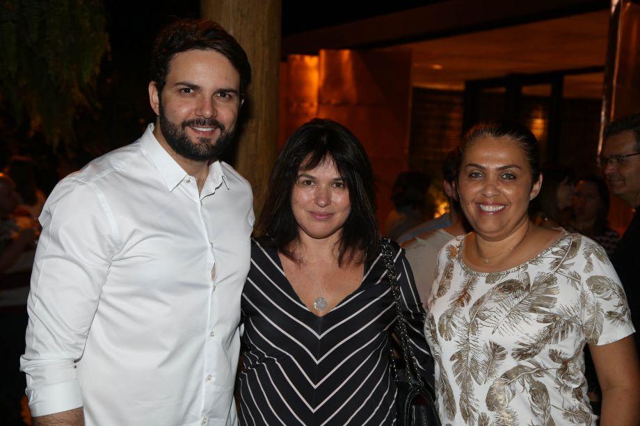 César Santos, Walléria Teixeira e Nelma Caixeta