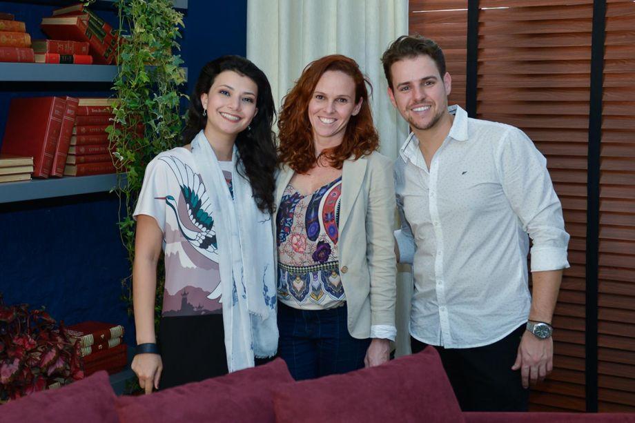 Gabriela, Paula Costa e Gabriel Bordin
