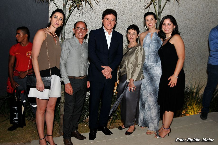 Graziela de Caroli, Cesar Revorêdo, Governador do Estado Robson Farias, Lívia Pedreira e convidadas