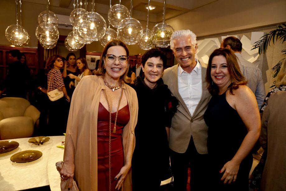 <span>Isabela Coutinho, Livia Pedreira, Romero Duarte e Carla Cavalcanti</span>