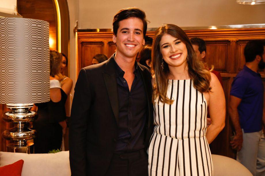 <span>Bruno Alheiros e Cecília Duarte</span>