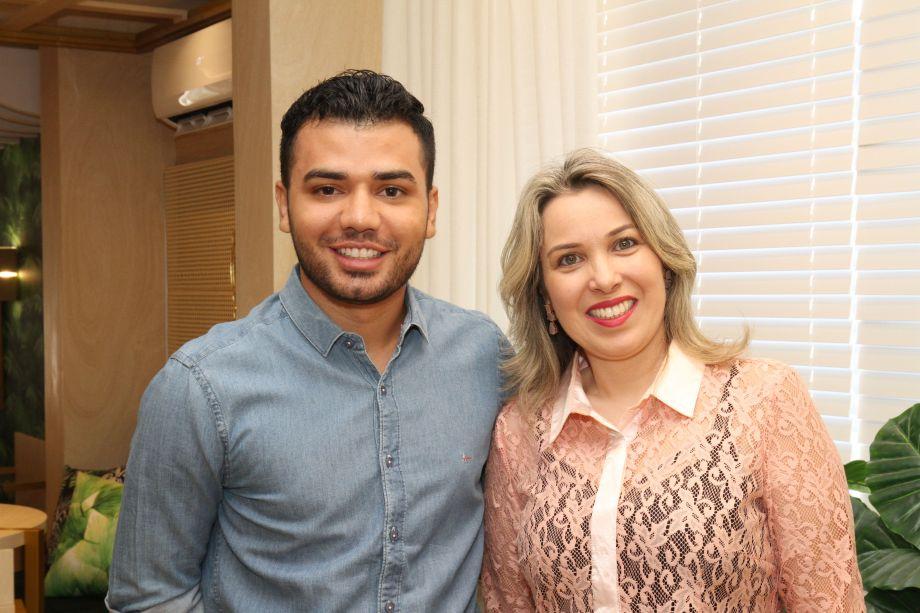 Raphaell Cruz e Jaqueline Alves