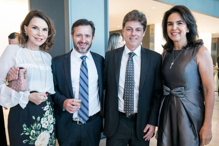 <span>Patricia Mayer, Renato Reyes, Daniel Cherman (presidente da Tishman Speyer) e Joy Garrido</span>