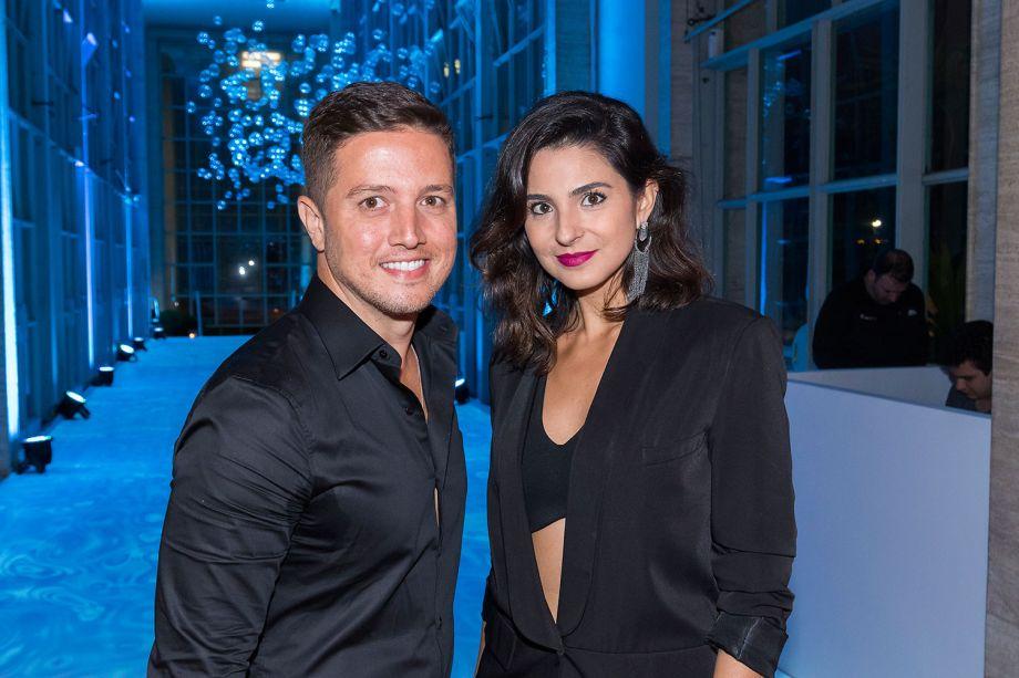 Junior Piacesi e Flávia Campos