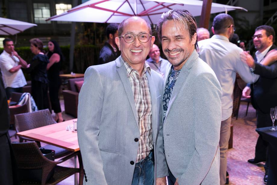 César Revoredo e Gustavo Fernandes