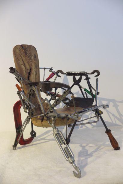 <strong>Design Miami:</strong> a galeria carioca Mercado Moderno (Memo) levou peças únicas, como a cadeira de Leo Capote.