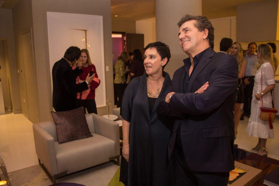 Lívia Pedreira e Roberto Migotto