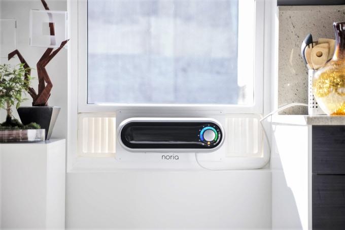 Noria - O ar-condicionado de janela fácil de instalar e remover já atingiu a meta de arrecadação e estará disponível para compra em 2018 por US$ 499. As unidades mais básicas possuem 5000 BTUs e podem ser controladas por um smartphone.