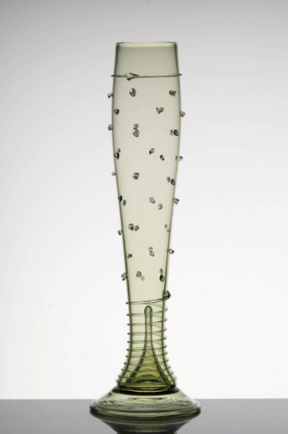Teruska. A tradicional marca checa de vidros traz para a Maison sua coleção de réplicas de vasos e taças do século XVII e XVIII.