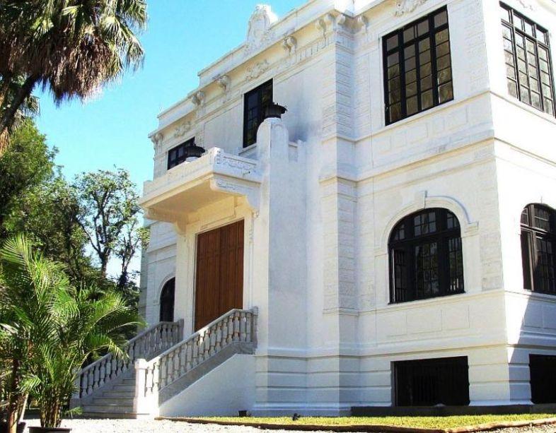 """<b>Museu do Meio Ambiente.</b>Endereço: Rua Jardim Botânico, 1008 - Jardim Botânico. Telefone: (21) 2294-6619. Horário: Segunda: 12h às 17h. Terça a domingo: 9h às 17h. Ingresso: Entrada grátis. Site:<a href=""""http://museudomeioambiente.jbrj.gov.br/"""" target=""""_blank"""" rel=""""noopener"""">http://museudomeioambiente.jbrj.gov.br/</a>"""
