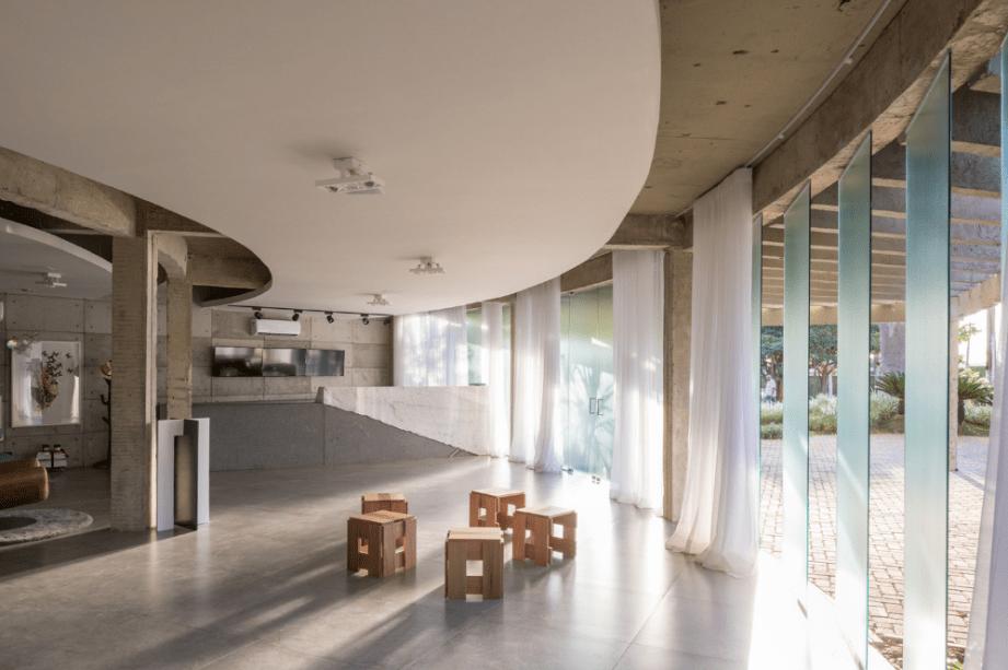 Galeria Meia 1 + Debaixo do Bloco Arquitetura