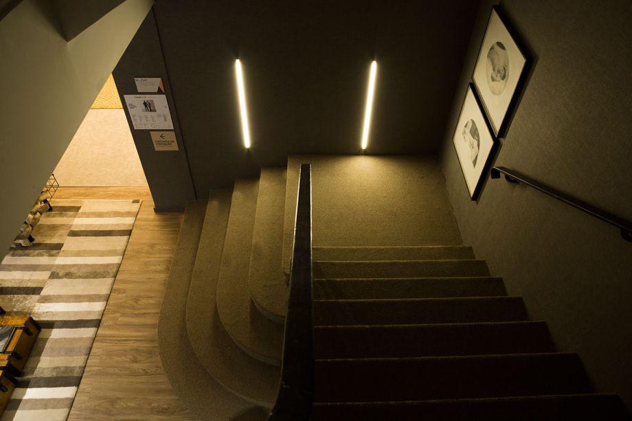 Flat – Fábio Bouillet e Rodrigo Jorge. O efeito estético final da iluminação das lâmpadas da Brilia foi o que agradou os profissionais. Segundo eles, a uniformidade da luz trouxe mais harmonia ao espaço.