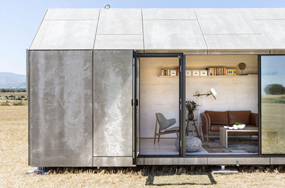 <span>A residência espanhola foi projetada pelo escritório Ábaton, em Madrid, e é composta por uma</span><span>estrutura de 27 m² com baixo custo que acomoda duas pessoas e pode ser transportada.</span>