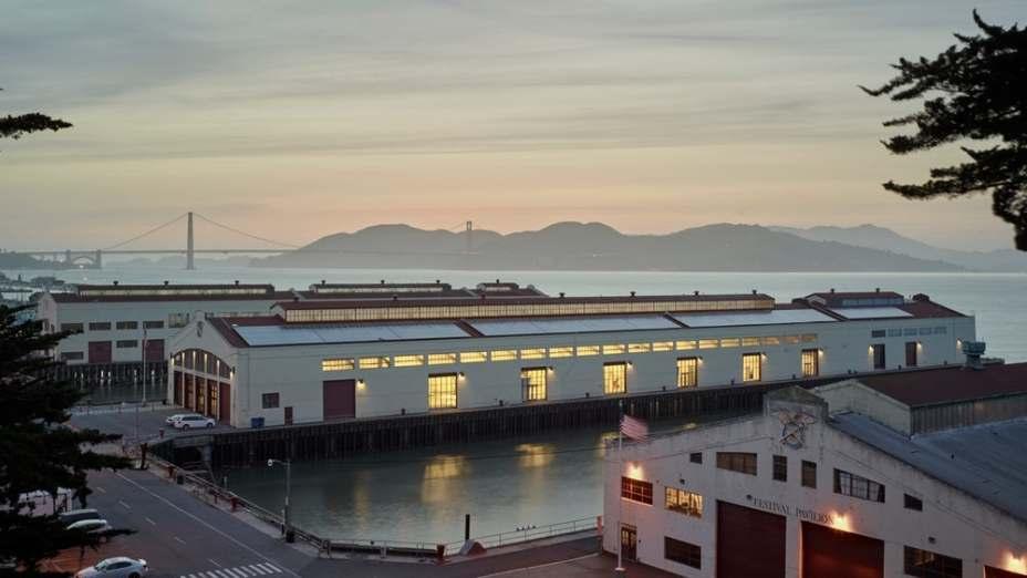 San Francisco Art Institute - Fort Mason Center Pier 2, projeto de Leddy Maytum Stacy Architects.