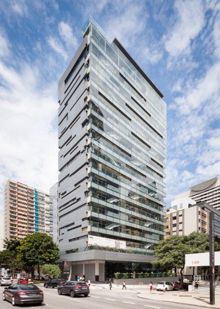 Em 12 mil m² de área construída, o Sesc Avenida Paulista tem 17 pavimentos e dois subsolos.