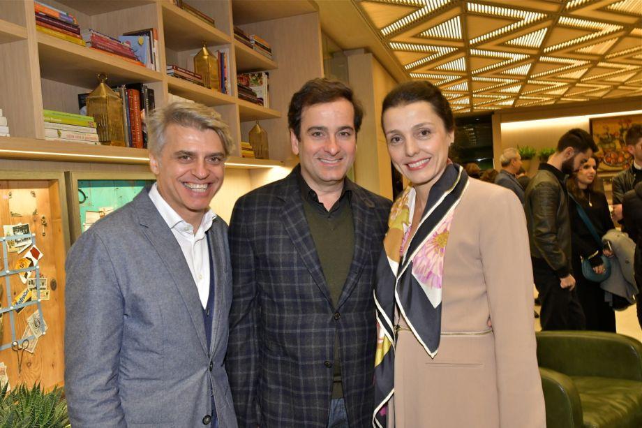 Alex Stevens, Ricardo Midelli e Cris Bava