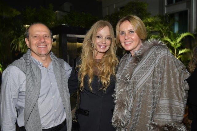 Alvaro Buzaid, Debora Aguiar e Ines Buzaid
