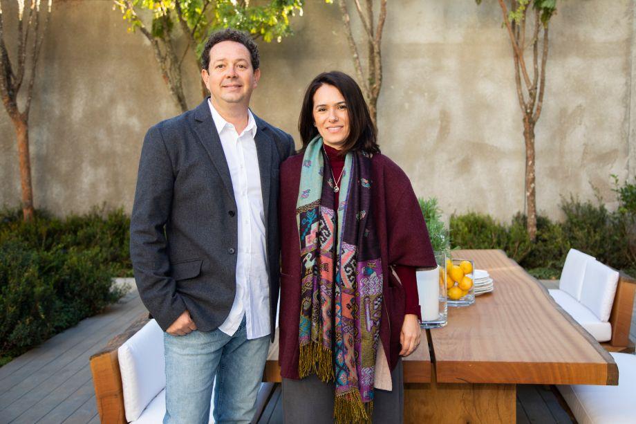 Rodrigo Oliveira e Aline Colani
