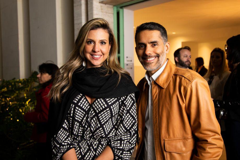 Bia Abreu e Thales Drummond