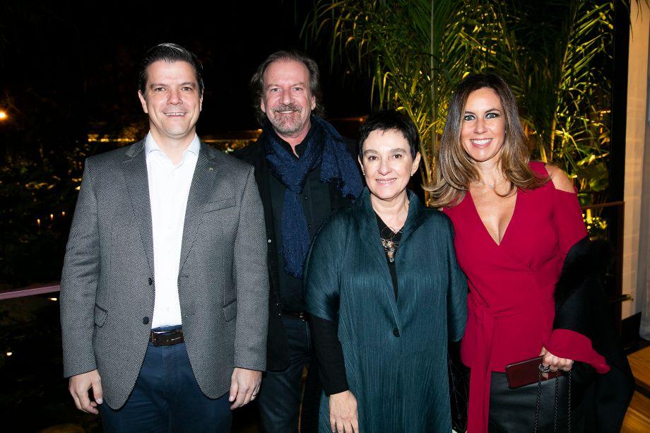 <span>Fábio Gallo, Giancarlo Civita, Lívia Pedreira e Renata Sampaio Vidal</span>