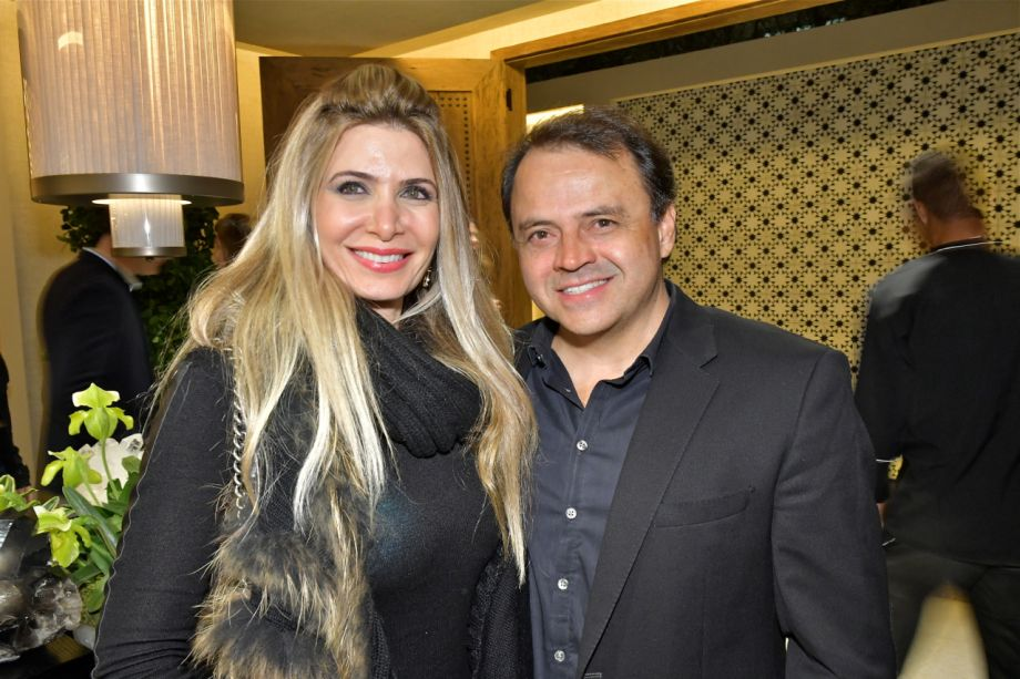 Claudia Kaissar e Roberto Borja