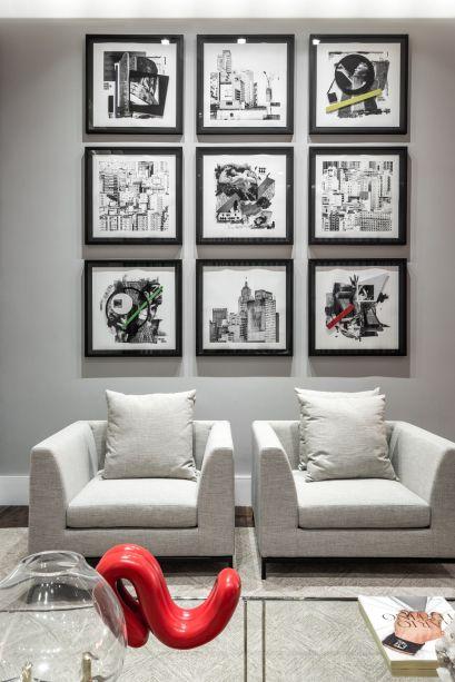 <span>Living - Maurício Pinheiro Lima e Carla Mattioli.- Obras de Hugo Mendes, representado pela</span>Galeria Ibakatu.