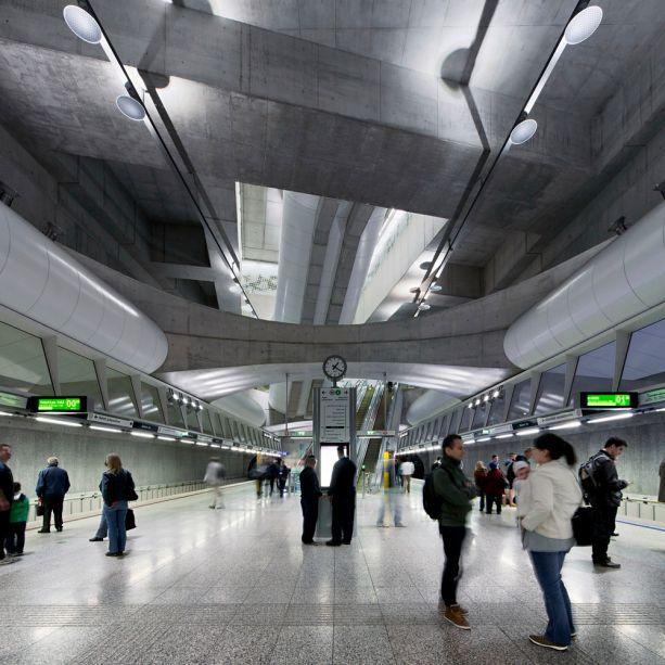 M4 Metro Line Budapest: FŐMTERV-PALATIUM-UVATERV Consortium com Palatium Studio, Budapesti Építőművészet Műhely, Gelesz és Lenzsér, Puhl és Dajka, sporaarchitects,