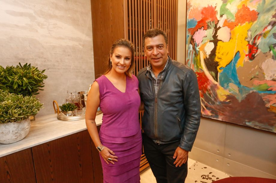 Samara Barbosa e Pedro Ariel Santana