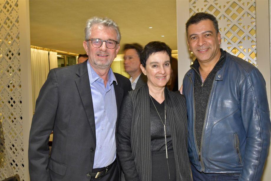 Rosmar Stedile, Livia Pedreira e Pedro Ariel