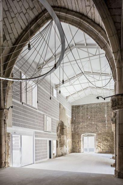 The Ancient Church of Vilanova de le Barca: AleaOlea Architecture & Landscape