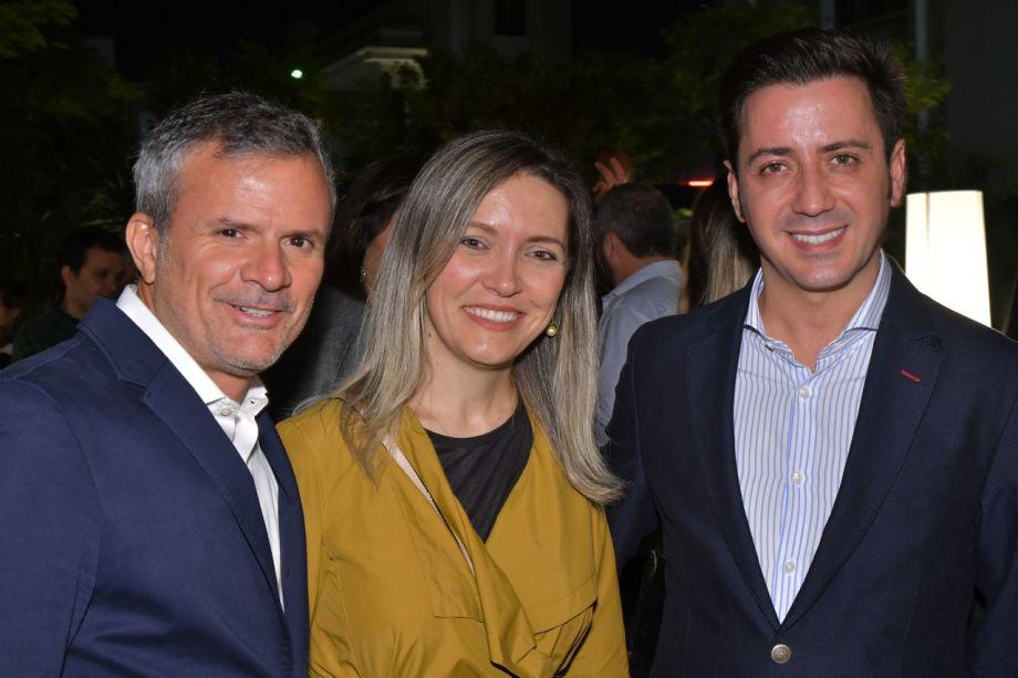 <span>David Benavemte, Elenice Cardoso e Eduardo Cosentino</span>