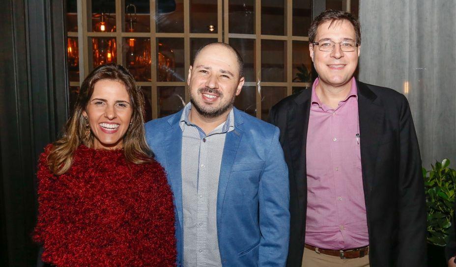 Coordenadora de Marketing da Arauco, Fabíola Molteni, Marco Parrino, Gerente de Marketing, João Casemiro