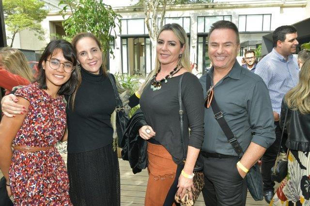 Larissa Cristina, Tatiana Sotero, Giseli e Mauro Koraicho