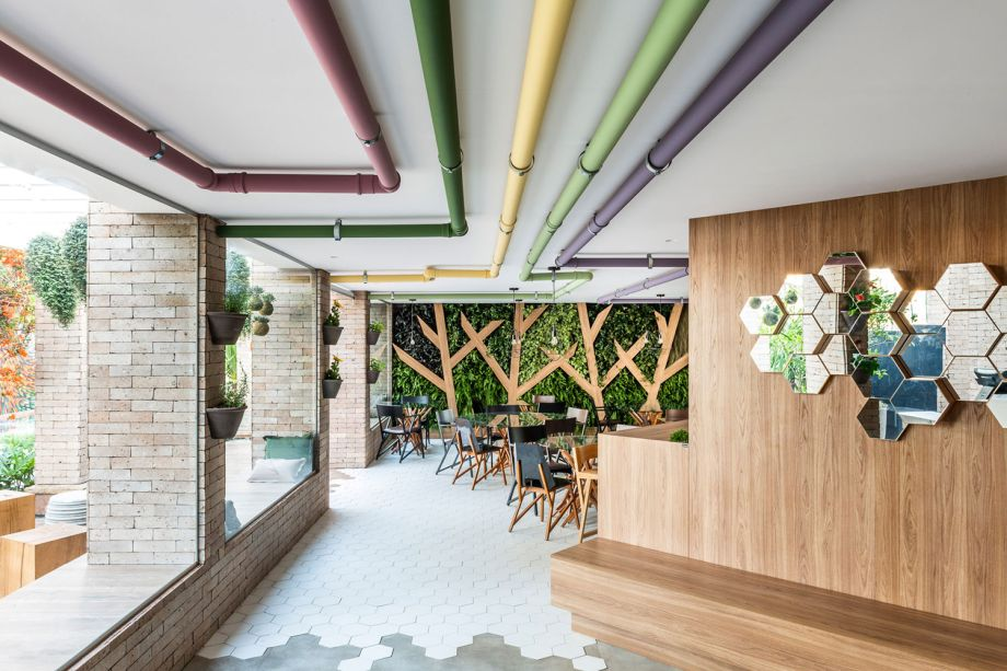 <strong>Espaço Comercial em Funcionamento:</strong> SP Arquitetura – Tea Lab